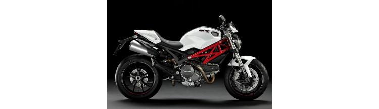 Moto Roadster Ducati Monster 796